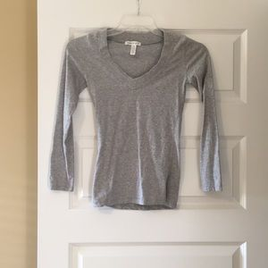 Long sleeve grey t shirt
